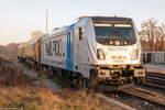 eisenbahnen-and-verkehrsbetriebe-elbe-weser-gmbh-evb/530675/187-310-8-railpool-gmbh-fuer-wahrscheinlich 187 310-8 Railpool GmbH für wahrscheinlich evb logistik, stand mit einem Schienenschleifzug in Rathenow abgestellt. 04.12.2016